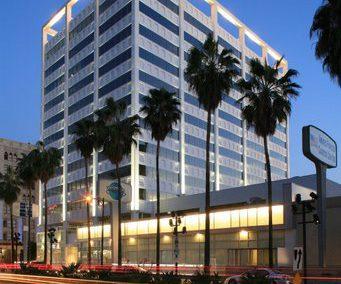 7060 Hollywood